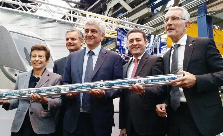La commande de 40 trains neufs pour la Normandie est officiellement signée
